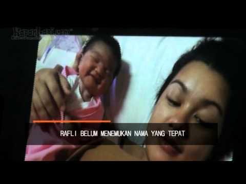Teuku Rafli Dianugerahi Anak Perempuan video