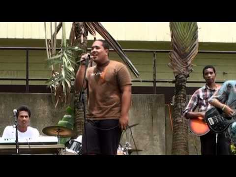 CLASS OF 2011- CASTLE HIGH SCHOOL (ORDINARY GIRL by REBELUTION...