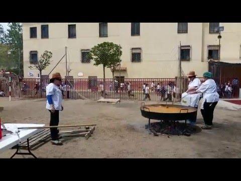 Paella en el Colegio de La Presentación de Guadix