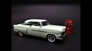 1953 Ford Crestline Victoria Coke Coca Cola Machine 1/25 Scale Model Kit Build Review AMT1146 AMT