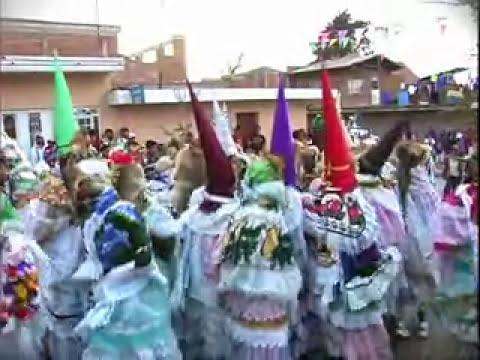 Baile de Ermitaños en Nurio.divx