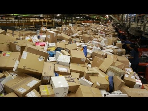 Inside FedEx's 'Superhub' During Christmas Rush