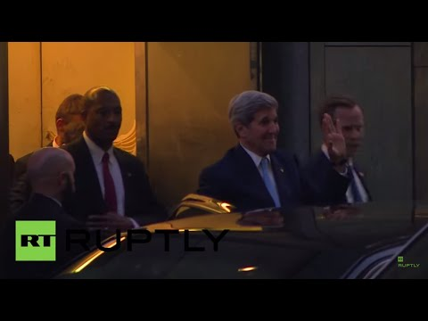 Austria: Kerry does some holiday shopping during interval in Iran talks