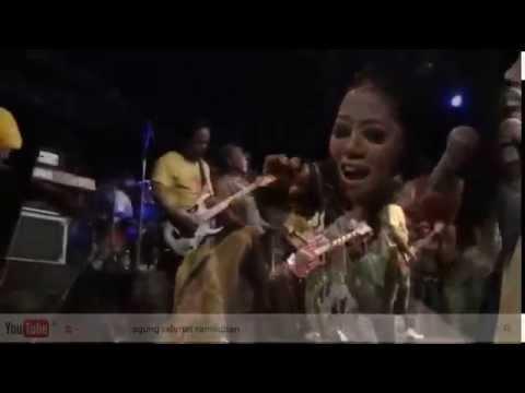 [ Dangdut Binuang 2012 - New Palapa ] 8. Prawan Kalimantan - Lilin Herlina ft Brodin