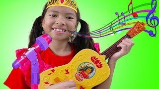 Wendy Pretend Play w/ Guitar Toy as Disney Princess Elena & Sings Nursery Rhymes Kids Songs
