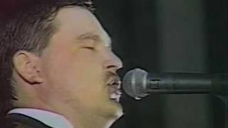 Клип Мишата Круг - Тишина (live)