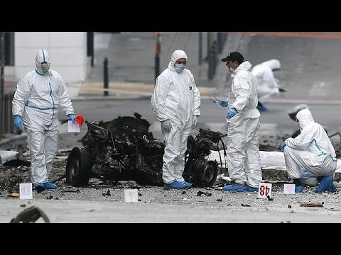 Greece: Car bomb blast outside Central Bank building before bond markets return