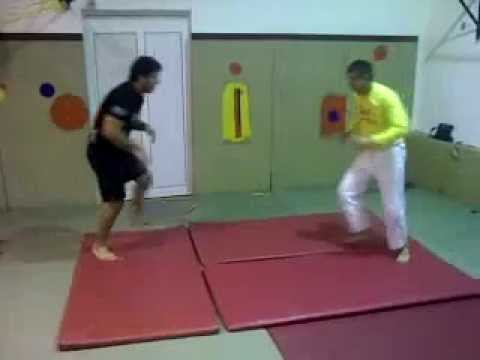 Flying Submissions drill - Brazilian Jiu-Jitsu - Grappling Image 1