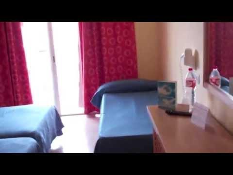 Review Marconfort Beach Club Hotel Torremolinos Andalusia Spain April 2014