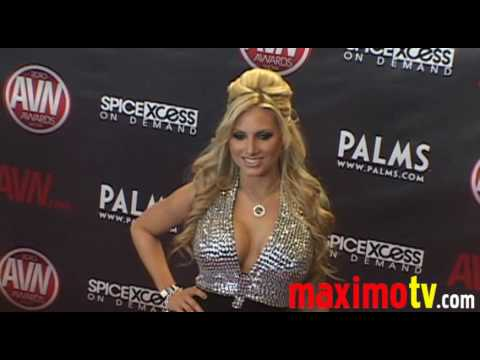 TEAGAN Arriving at 2010 AVN AWARDS SHOW Las Vegas January 9 Video