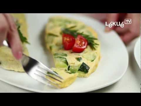 Lékué TV | Omelette | Receta: Tortilla de pimiento verde, ajo y cebolla