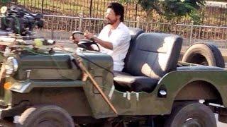 Download Shahrukh Khan RAEES Shooting - Riding JEEP In Mumbai - LEAKED 3Gp Mp4