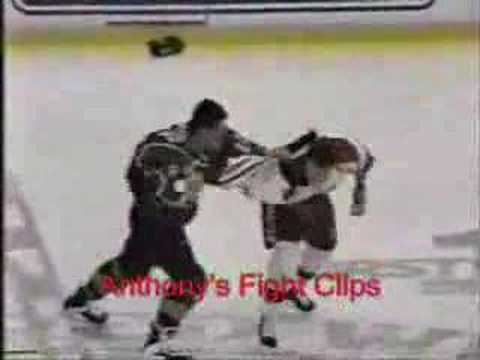 Darren McCarty vs. Claude Lemieux