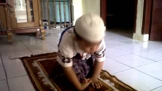 download lagu Anak Kecil Belajar Shalat Semaunya gratis