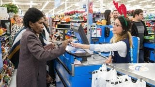 Pro-union group slams Walmart for being open on Thanksgiving