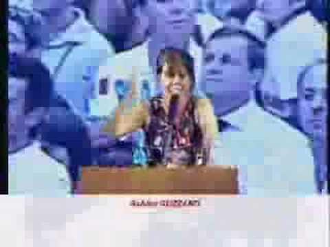 L'affondo di Sabina Guzzanti sulla Carfagna