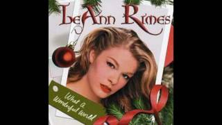 Watch Leann Rimes Rockin Around The Christmas Tree video