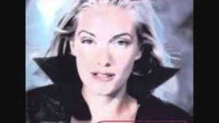 Watch Kim Lukas I Live In Your Eyes video