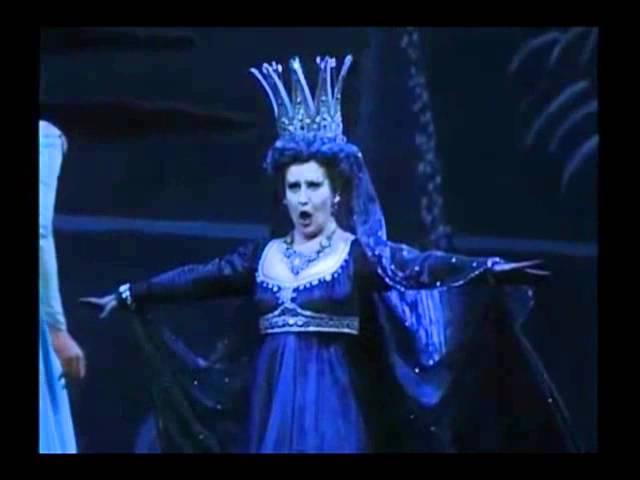 Mozart - Die Zauberflöte (The Magic Flute) - Der Hölle Rache - Luciana Serra