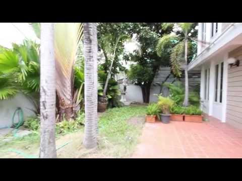 3 Bedroom House for Rent in Ekamai Area SH110143