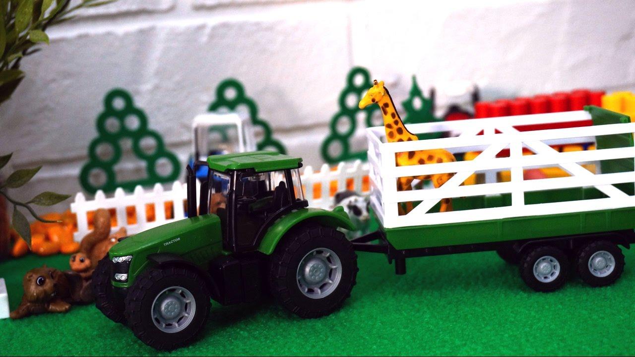 Трактор подарки везет 36