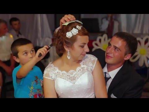 Українська весільна традиція замолодичування нареченої