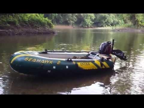 Intex Seahawk 2. Suzuki 2.5 HP Outboard