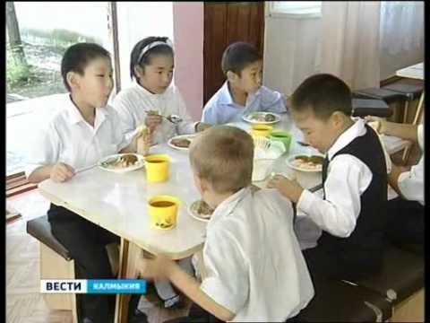 Дети страдают ожирением из-за неправильного питания
