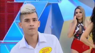 Fenômeno na internet impressiona jurados do Canjica Show