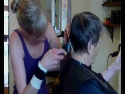 photos of womans clipper cut hair style