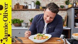 3 Minute Tomato Pasta Sauce   Jamie Oliver & Davina McCall