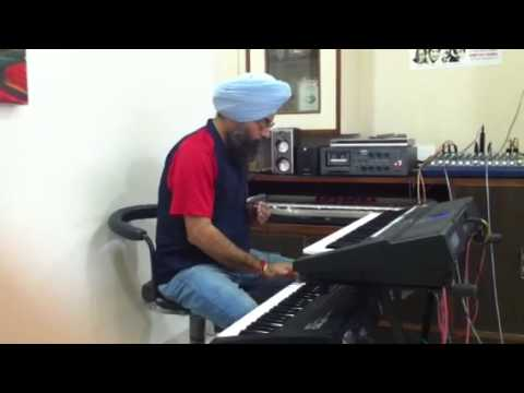 Punjabi Folk Song Latthe Di Chadar with Dandiya Beat played