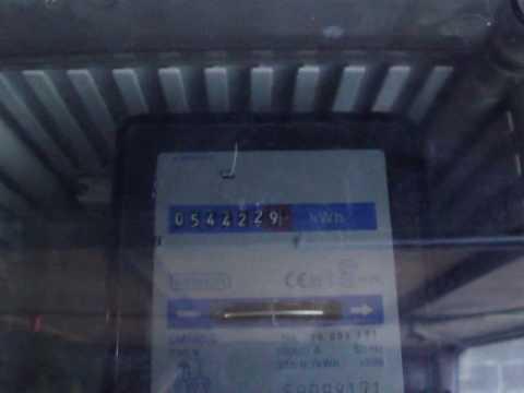 Compteur electricit tournant l 39 envers panneau solaire for Panneau solaire plug and play
