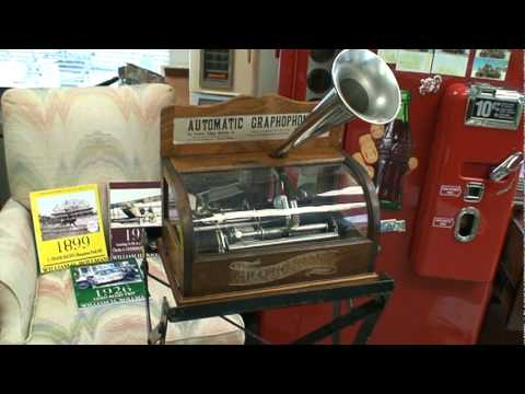 Very First IPod - Made 112 Years Ago (in 1898), Playlist Of One Song - American Idol 2010 Lee DeWyze