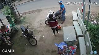 Liên tiếp lừa đảo trộm bia phóng xe tẩu thoát tại các tiệm tạp hóa