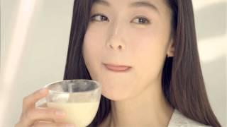 Spot Coreano Vino de Arroz Coreano, Makgeolli con Melocoton