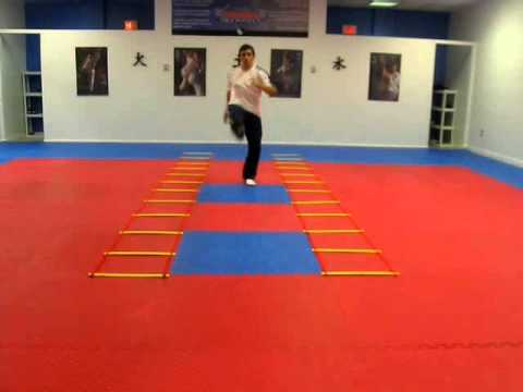 TAEKWONDO TRAINING 100% PHYSICAL Image 1