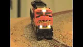 Flashing Ditchlight in KATO SD70ACe