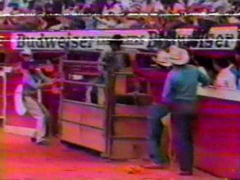 Los mejores retos de los jaripeos de los 90's[Parte 1]