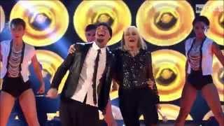 The Voice IT | Serie 2 | Live 2 | Raffaella Carrà e J-Ax cantano
