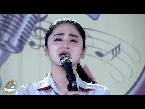 Dewi Perssik - Indah Pada Waktunya (Official Music Video) | Soundtrack Centini Manis