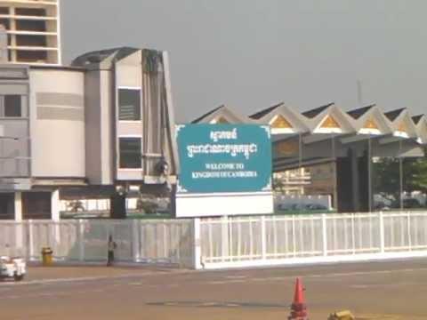 Smooth landing in Phnom Penh 6