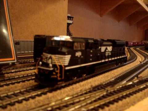 MTH NS Norfolk Southern SD70M-2 - HO Scale