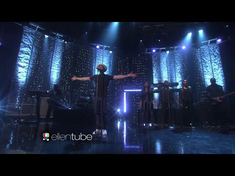 Jussie Smollett Performs 'Good Enough'