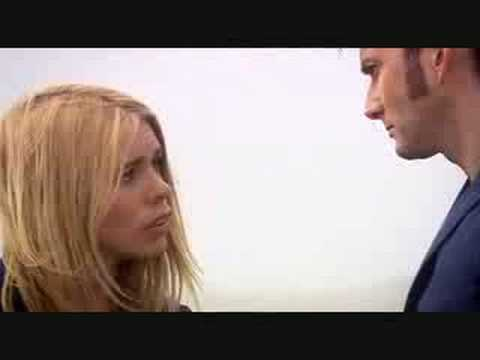 Doctor Who- Journeys end- Doctor and Rose Kiss!!! - YouTube