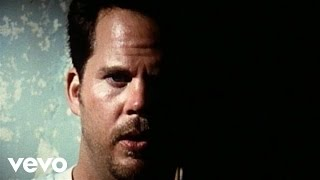 Watch Gary Allan Smoke Rings In The Dark video