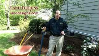 How to Edge a Garden Bed | How to Edge a Lawn | Re-Edging