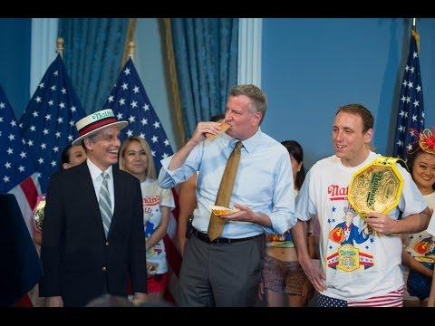 Mayor de Blasio Hosts Nathan's Famous 4th of July Hot Dog Eating Contest Weigh In Ceremony