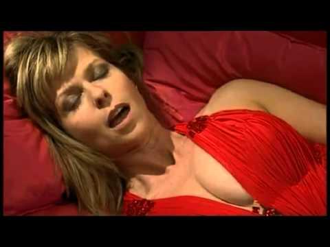 Kate Garraway 110810 | Doovi