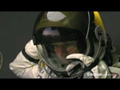 Daredevil stuntman Felix Baumgartner carries out test jump from edge of space